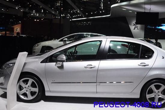 Peugeot 408 на Пекинском автосалоне